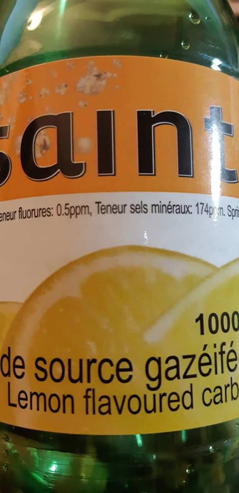 Eau de source gazéifiée Saint-Elie à saveur de citron