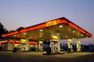 La Régie de l'énergie doit abolir le prix plancher sur l'essence au Québec