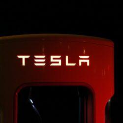 Conduisez une Tesla flambant neuve pendant une semaine pour presque rien